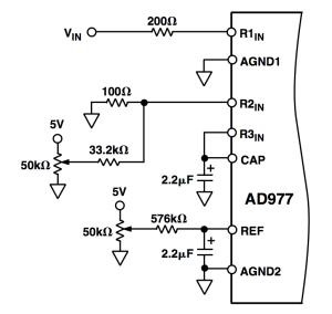 外部校正選項(以 ±10 V 輸入電壓為例)